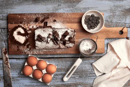 Discover Easy Steps to Make a Fresh-cream Pine-apple Cake At Home